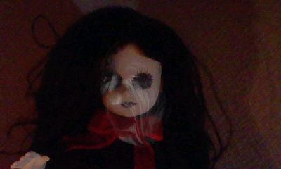 女の子人形心霊写真4